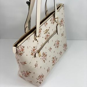 Coach Bags - NWT Coach Gallery Tote Rose Bouquet